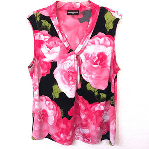 Karl Lagerfeld Sleeveless Knotted Shirt ~ A371